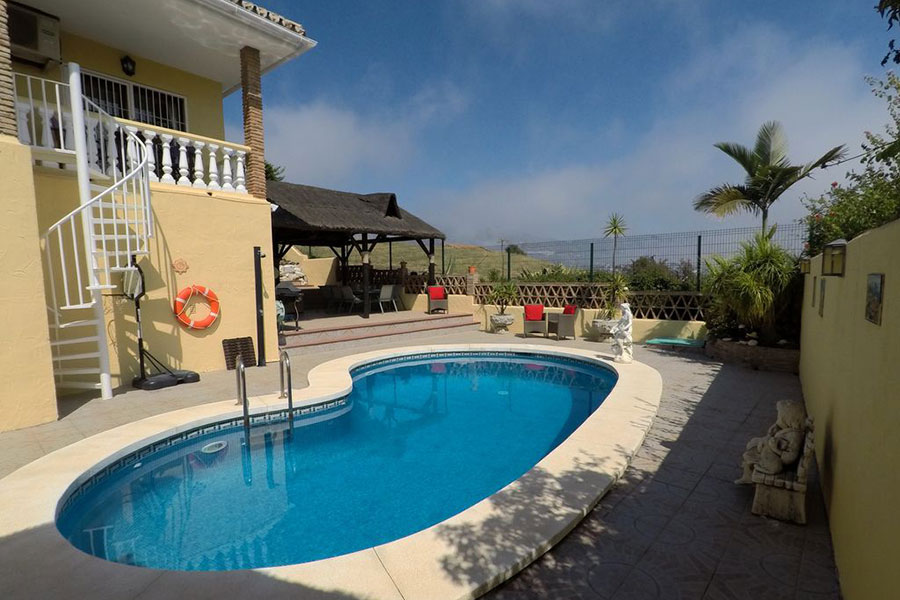 6 Bedroom Villa With Separate Apartment And Outstanding Views – Mijas Costa