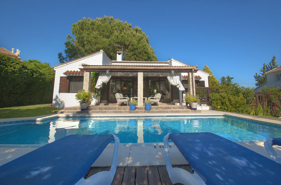 Casa Cumbres – Beautiful 3 Bedroom Holiday Villa in Elviria