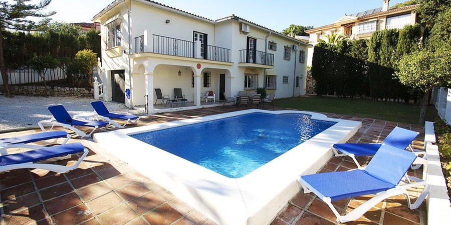5 Bedroom, Golf Villa in El Coto